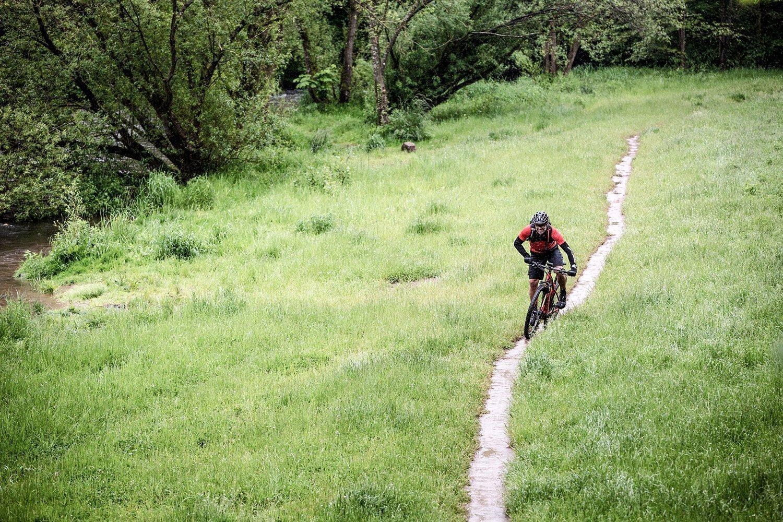 Focus Jarifa² 6.9 27.5R Bosch Touren Elektro Mountain Bike